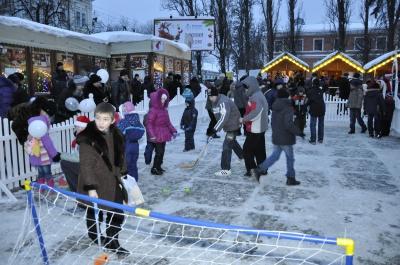 У Чернівцях у Різдвяному містечку знайшли труп обгорілої людини