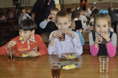 У школах Чернівців безкоштовних сніданків вже немає