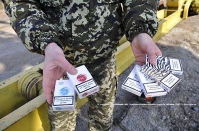 На кордоні на Буковині зі стріляниною затримали джип