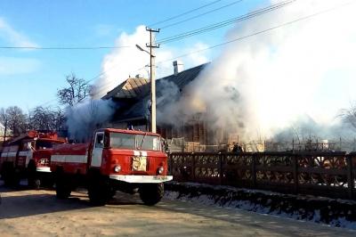 Через котел на Буковині ледь не згорів будинок
