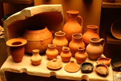 Виставка керамічних виробів майстрів зі Слов'янська відкриється у Чернівцях