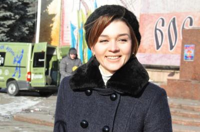 Депутат Чернівецької облради, яку звинуватили у подвійному громадянстві, вважає, що про неї пліткують