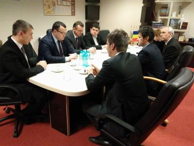 Бурбак з Каспруком домовлялися в Бухаресті про тролейбуси для Чернівців