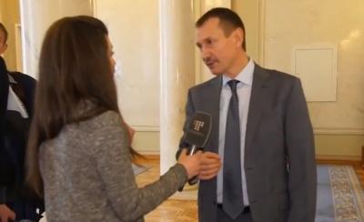 Нардепа Папієва з Буковини спитали, чому він пропускає голосування (ВІДЕО)