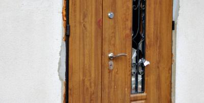 На Буковині неадекватний чоловік влаштував різанину в гостях