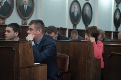 У Чернівцях депутати подали апеляцію на рішення суду щодо скасування звернення про недовіру Яценюку