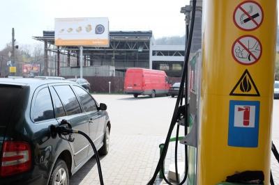 У Чернівцях дешевого бензину чекати не варто