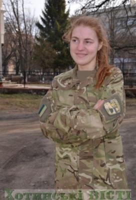 20-річна буковинка підписала контракт і пішла до армії