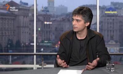 Українська влада знову перестала розмовляти з людьми, - письменник з Чернівців (ВІДЕО)