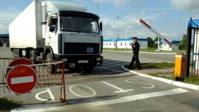 У Росії почали блокувати українські фури