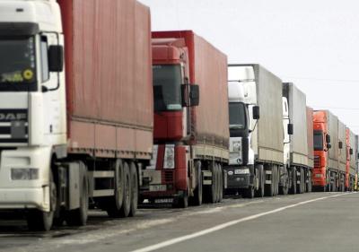 У Росії вже офіційно заборонили рух українських вантажівок