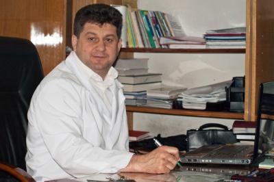 Мер Чернівців звільнив скандального медика Струка з посади головлікаря стоматполіклініки