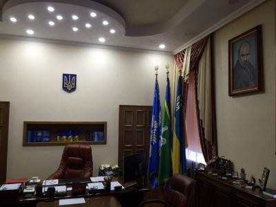 Нардеп не знайшов портрета Авакова у кабінеті начальника поліції Буковини