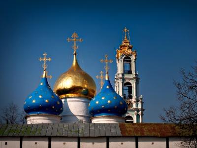 На Буковині обурені селяни засипали траншею під будівництво церкви Московського патріархату