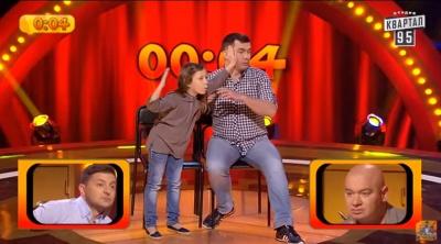 """Тато і донька з Чернівців ледь не виграли 20 тисяч у шоу """"Розсміши коміка"""" (ВІДЕО)"""