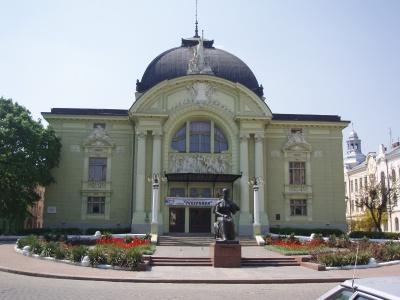 У Чернівцях на гастролях львівський, франківський та вінницький театри