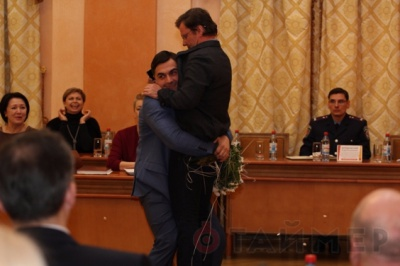В Одесі радника Саакашвілі винесли на руках з сесії міськради (відео)