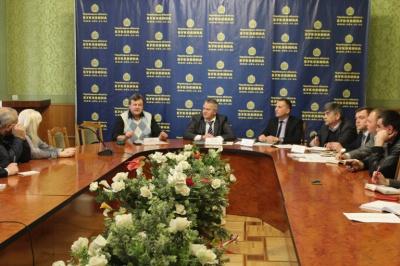 Чернівецька ОДА підписала меморандум з перевізниками щодо безкоштовного перевезення бійців АТО