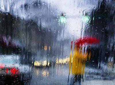 Водіїв попереджають про сильні дощі та грози