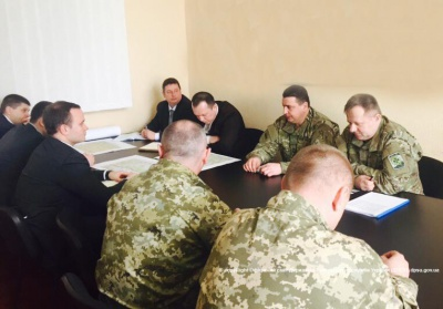 Правоохоронці Буковини радилися, як стерегтимуть українсько-румунський кордон від контрабанди