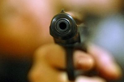 У Чернівцях уночі обстріляли магазин