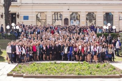 Найбільший медико-фармацевтичний конгрес в Україні відбувся у Чернівцях