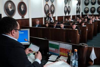 """У Чернівецькій міськраді знову зламалась система """"Рада"""""""