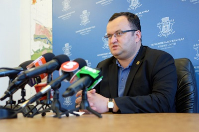 Брифінг мера Чернівців скасували через термінове відрядження Каспрука до Києва