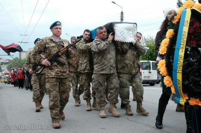 У Чернівцях поховали росіянина Андрія Захарова, який загинув за Україну (ФОТО)
