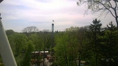 У Чернівцях у Центральному парку встановили прапор України