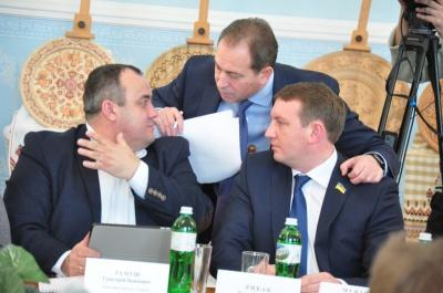 Троє нардепів з Буковини потрапили у ТОП-10 по законотворчій роботі в парламенті