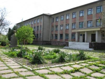 На Буковині буде чотири опорні школи