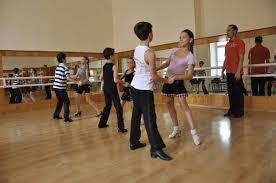 Влітку школярі в Чернівцях зможуть навчитися танцювати та конструювати
