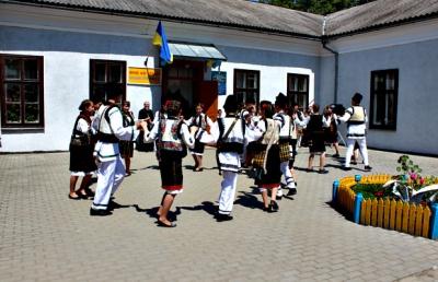 На Буковині сільській школі виповнилося 200 років