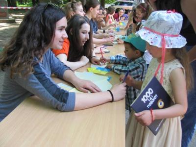 Чернівецькі діти влаштовувалися на роботу (ФОТО)