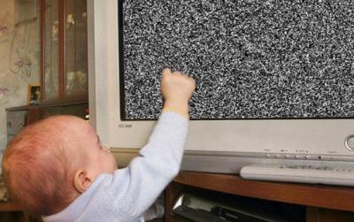 Обігрівач вдарив струмом, телевізор впав на дитину: у поліції розповіли про нещасні випадки на Буковині