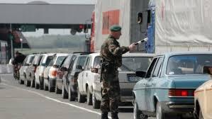 """На кордоні із Польщею у чергах """"застрягли"""" 1630 авто"""