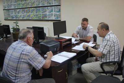 Лише половина інструкторів автошкіл Буковини змогла здати іспит на ПДР