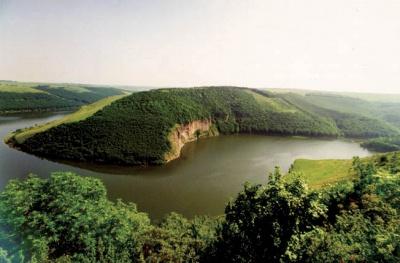 Дністровський каньйон і Буковинські водоспади - у ТОП-5 небанальних для відпочинку місць України