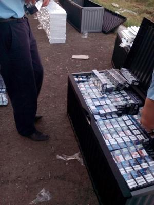 На Закарпатті знову намагалися провезти контрабанду під прикриттям дип-вантажу
