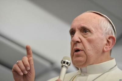 Католицькій церкві слід попросити вибачення у геїв, - папа Франциск