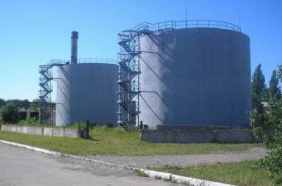 Кримський суд повернув фірмі з Чернівців нафтобазу в Севастополі