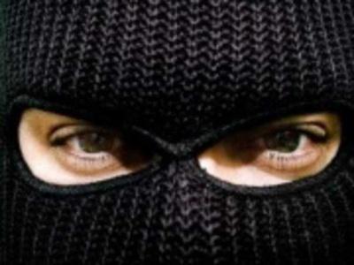 На Одещині невідома банда обстріляла і пограбувала бус з підприємцями Калинівського ринку