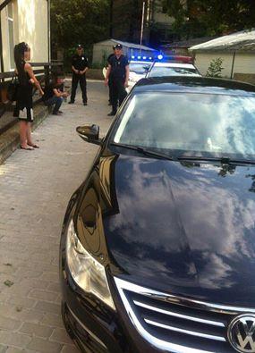 У Чернівцях з погонею поліція затримала викрадене авто