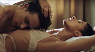Алан Бадоєв зняв еротичний кліп співачці з Чернівців (ВІДЕО)
