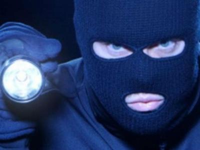У Чернівцях невідомі в балаклавах побили і пограбували директора ринку
