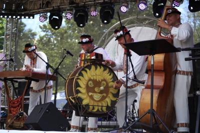 Культурний шок на Дністрі: у Новодністровську прогримів етно-фестиваль (ФОТО)