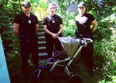 У чернівчанки вкрали дитячий візок, який згодом вона знайшла на сайті оголошень