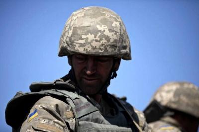 """Рада дозволила військовим розривати контракти укладені """"до завершення особливого періоду"""""""
