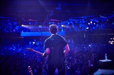На концерті відомого американського рок-гурту у Чернівцях розігруватимуть цінні подарунки
